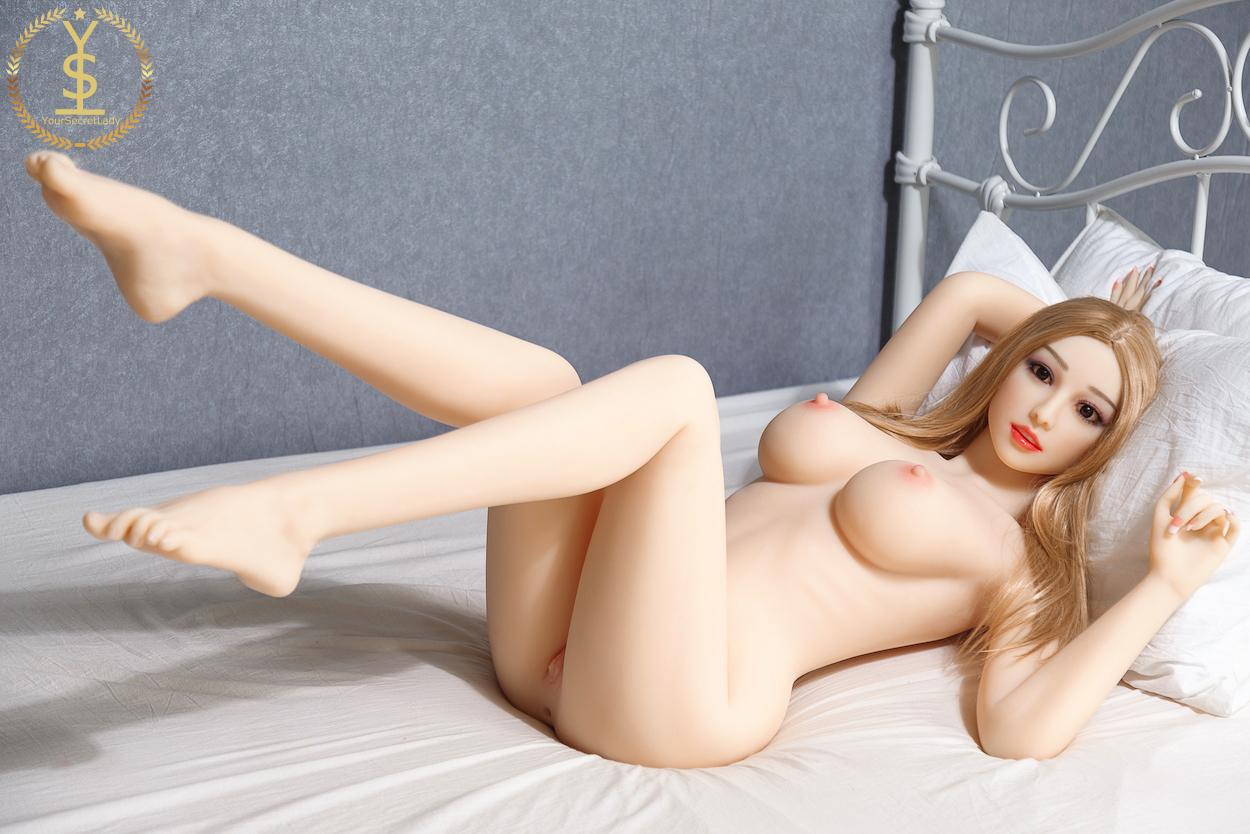 Fucking Big Booty Sex Doll